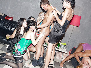 These lecherous college chicks haven't had sex for a whilst, so they decided to receive jointly for a steamy college sex party with stylish guys. From the very start it's obvious that the party's going to be a real blast! The horny students start with...