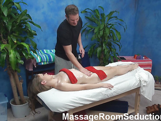 Crave To examine unforgettable pounding after valuable private massage? Then u are in the right place! Check up how gracious muscle chap fondles body of honey in advance of drilling her love tunnel so well!