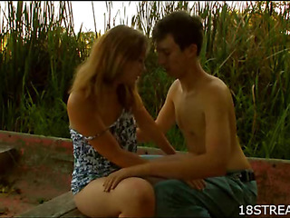 Wicked man acquires in nature's garb to fuck sexy beautiful cutie