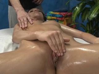 Hawt sexy playgirl copulates and sucks her massage therapist