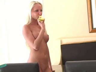 Playgirl widens lengthy legs wide open and inserts toy in dirty cleft