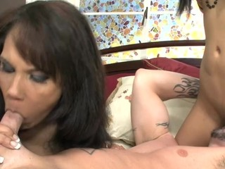Hot request leads to a mother/daughter schlong engulfing lesson