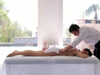 Ravishing hottie receives a fleshly massage in advance of doggy style sex