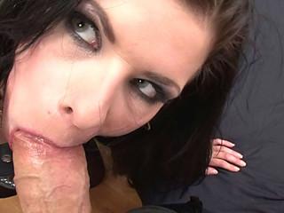 Slut Engulfing Rocco's 10-Pounder During the time that Getting Slut Slap
