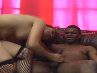 Beautiful bitch is drilled in butthole after giving fine blow